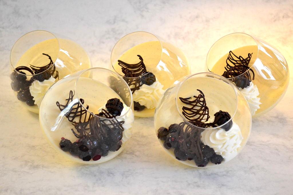 bayerische creme selbst gemacht rezept von desserts im. Black Bedroom Furniture Sets. Home Design Ideas